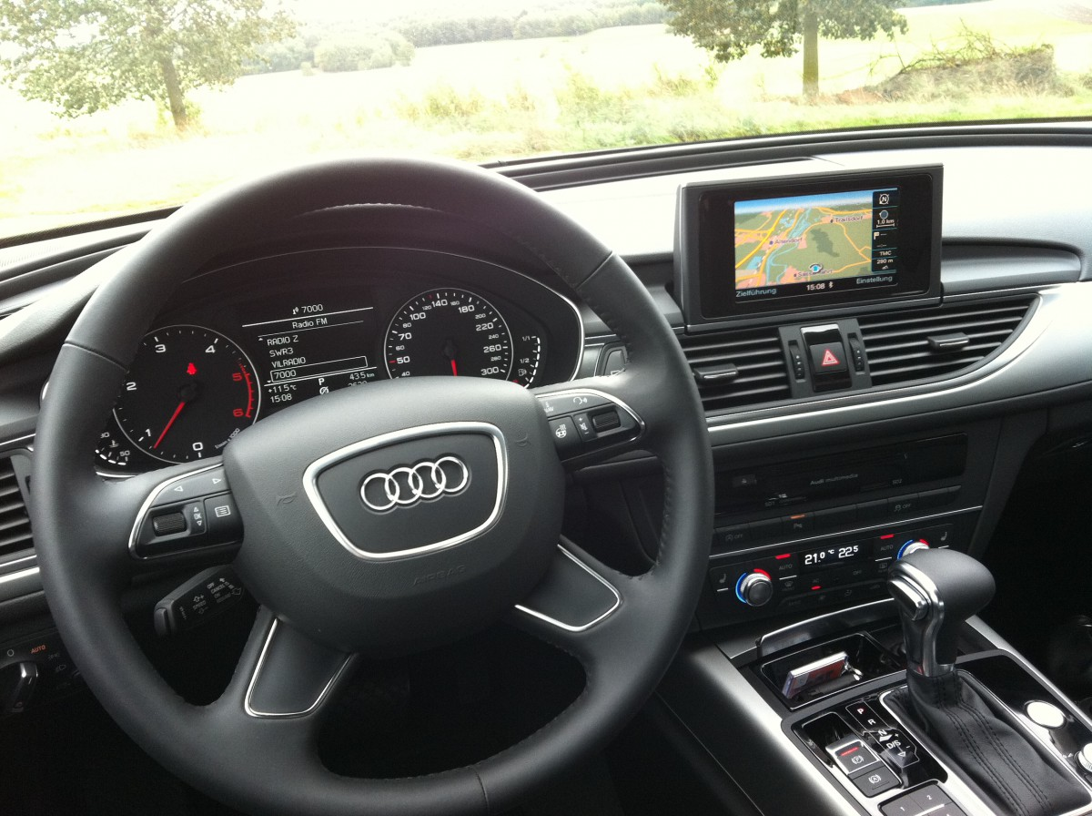 angetestet audi a6 3 0 tdi multitronic mj 2012 motoreport. Black Bedroom Furniture Sets. Home Design Ideas