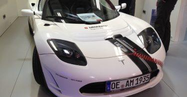 Mennekes & Tesla