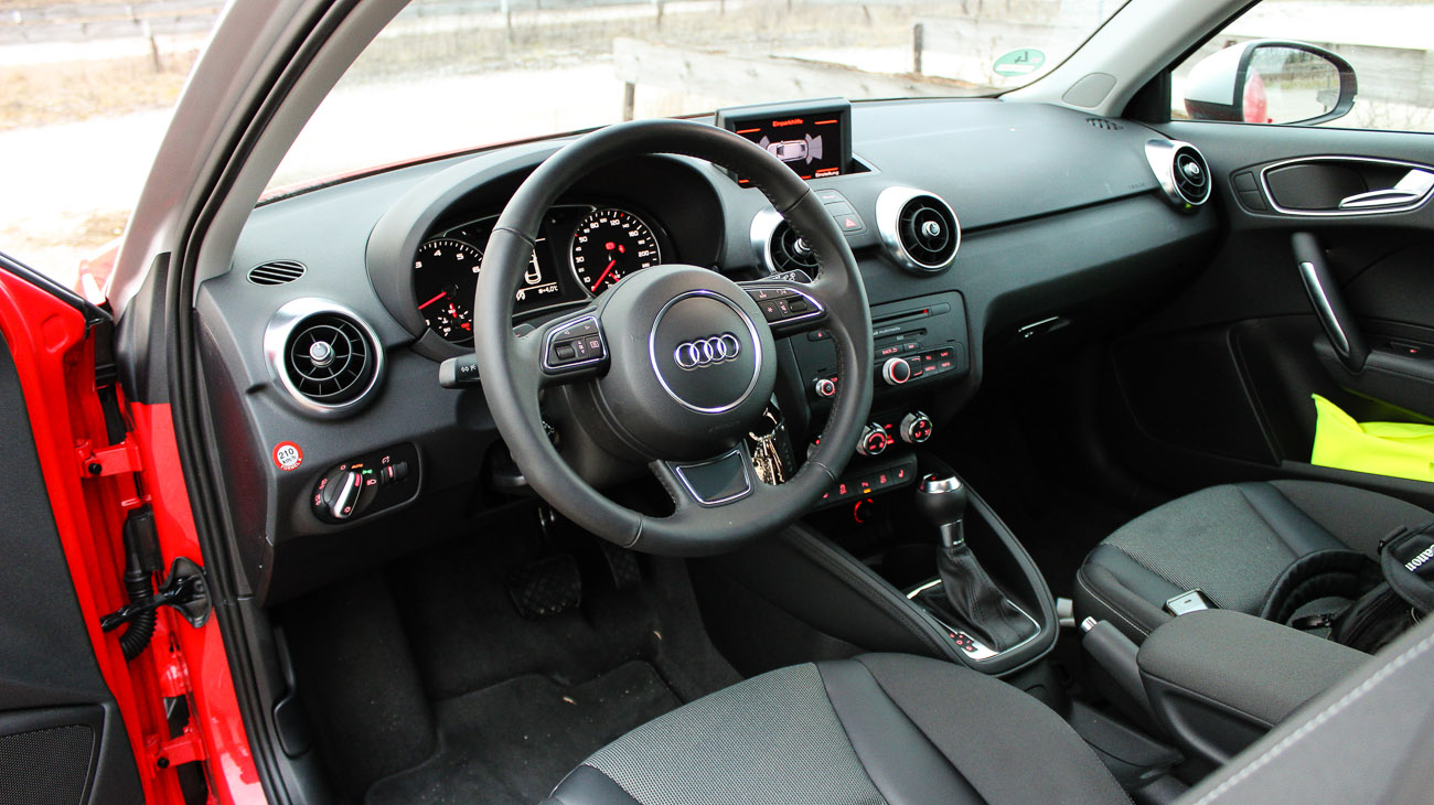 audi a1 interieur cockpit