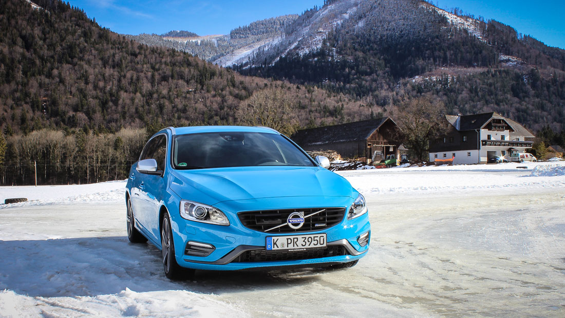 volvo v60 rdesign powerblau