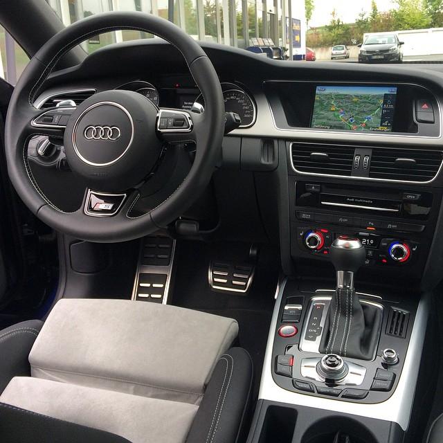 Nicht mehr ganz 2014, aber eines der schönsten Audi-Cockpits.