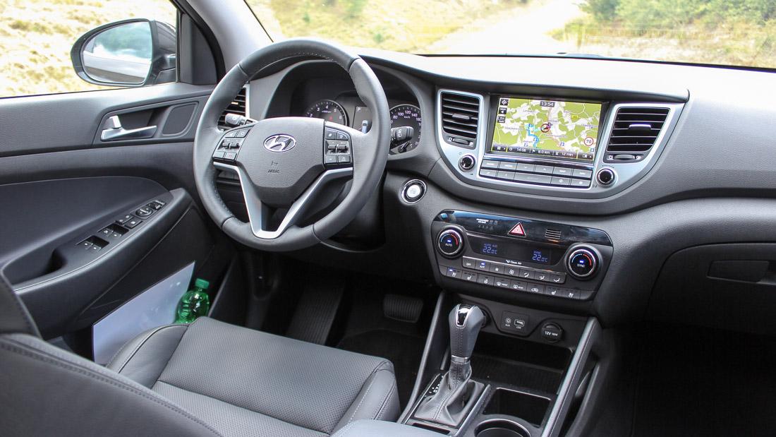 hyundai tucson 2015 cockpit