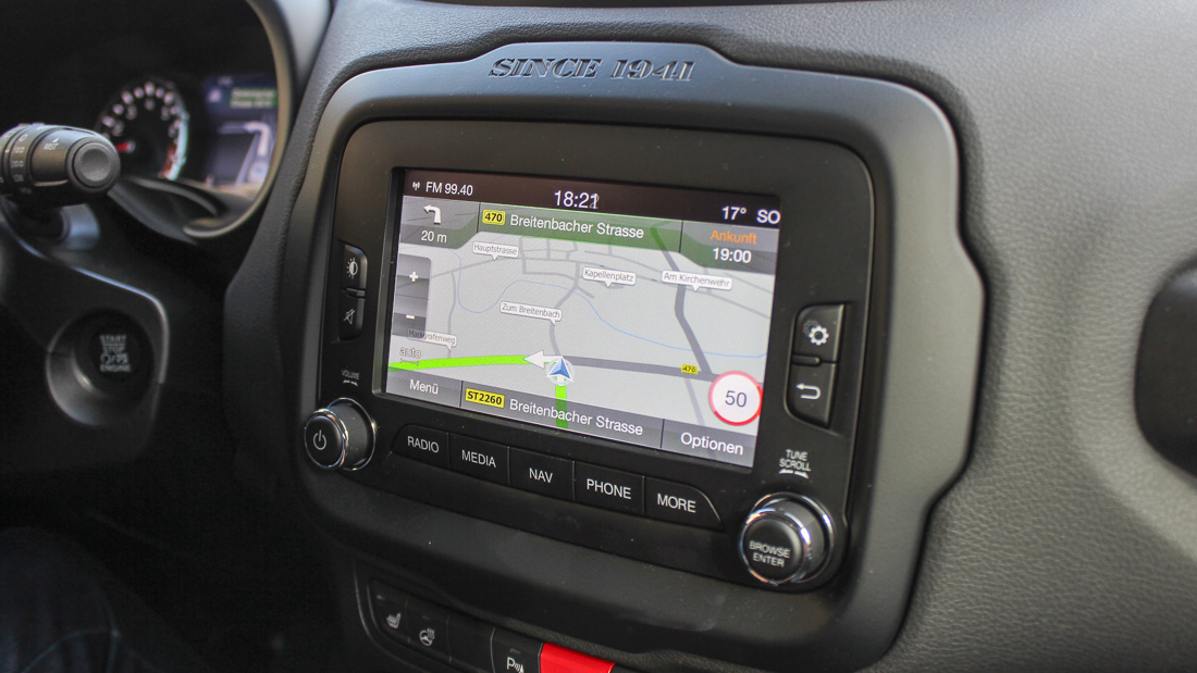 jeep renegade gps infotainment