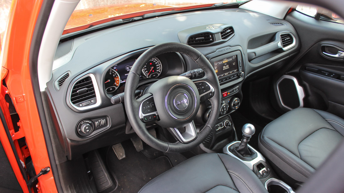 jeep renegade 2015 interieur