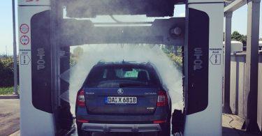 Auto_waschen_in_Italien_F_r_weniger_Geld_viel_gr_ndlicher