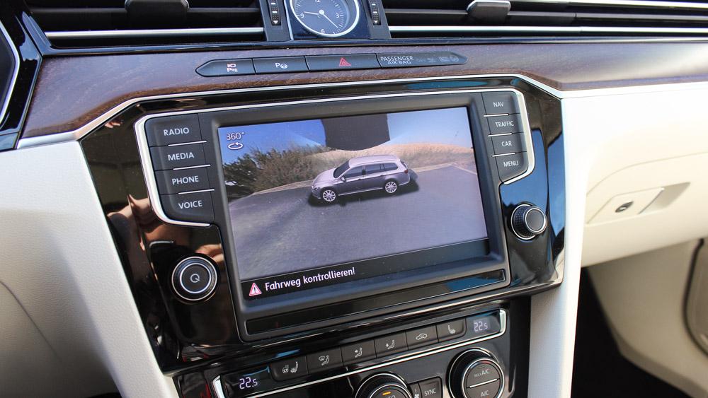 vw passat discover pro around view » Motoreport