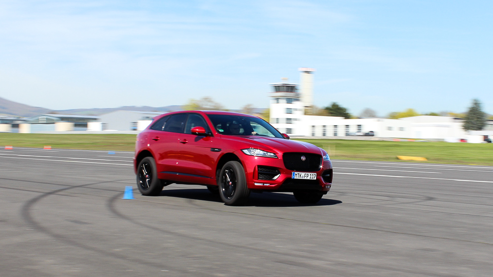 jaguar f-pace racetrack italian racing red