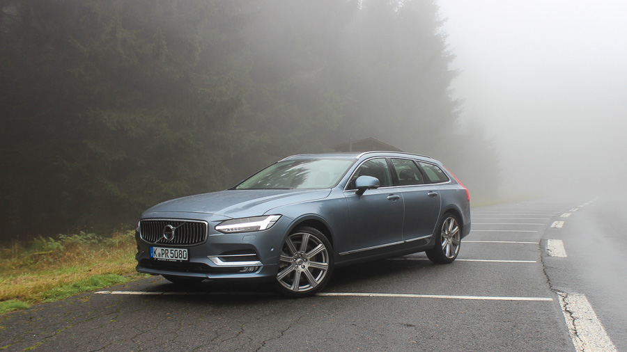 volvo v90 d5 awd blau metallic led