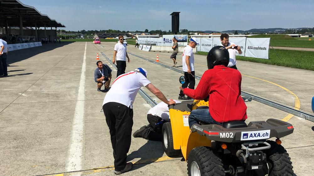 Axa Crashtests 2017: Risiken für autonomes Fahren